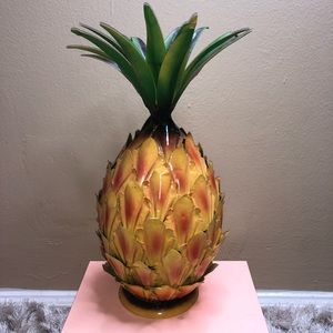 EUC Giant Pineapple Metal Home Decor